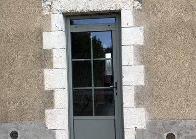 Chantier Ingre : porte d'entrée aluminium bicolore