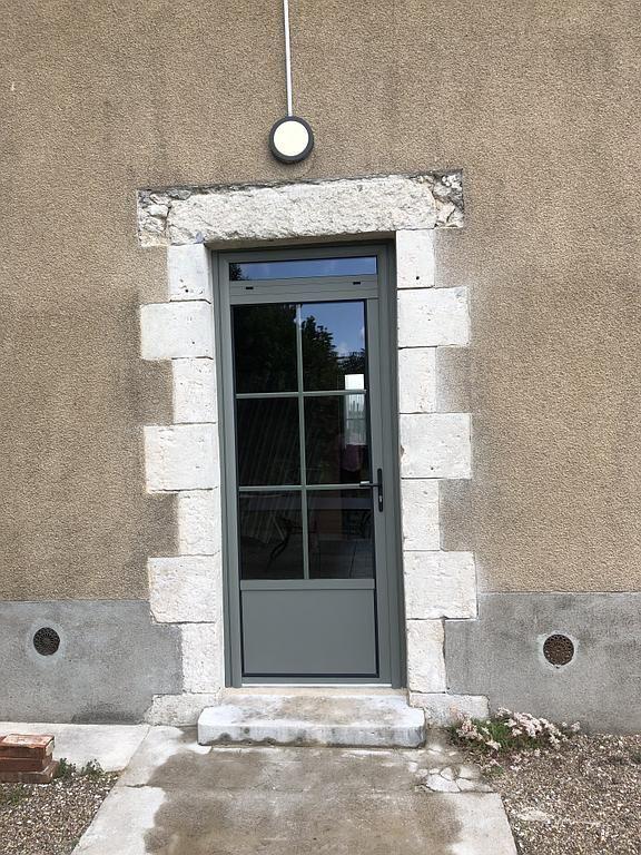Porte Pouet Menuiserie